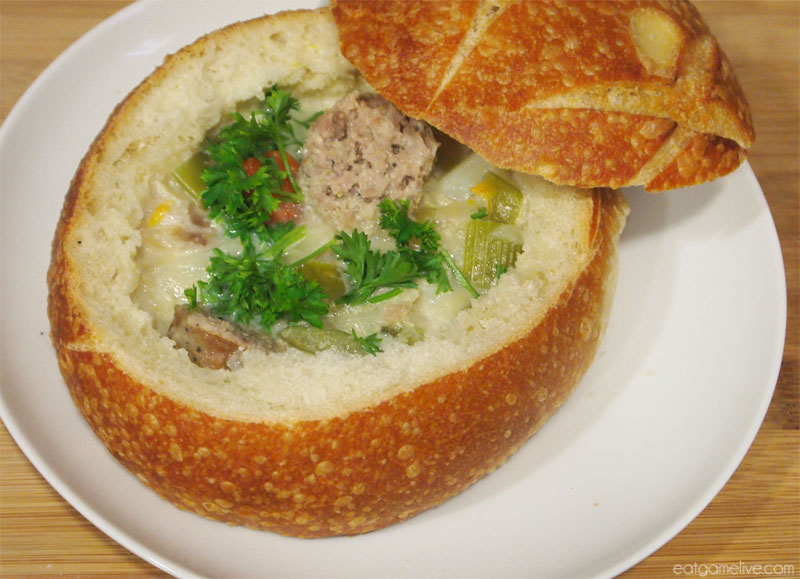 blog_gorgrondchowder_breadbowl